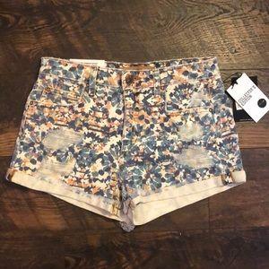 NWT $119 Joe's Jeans Floral Denim Jean Shorts